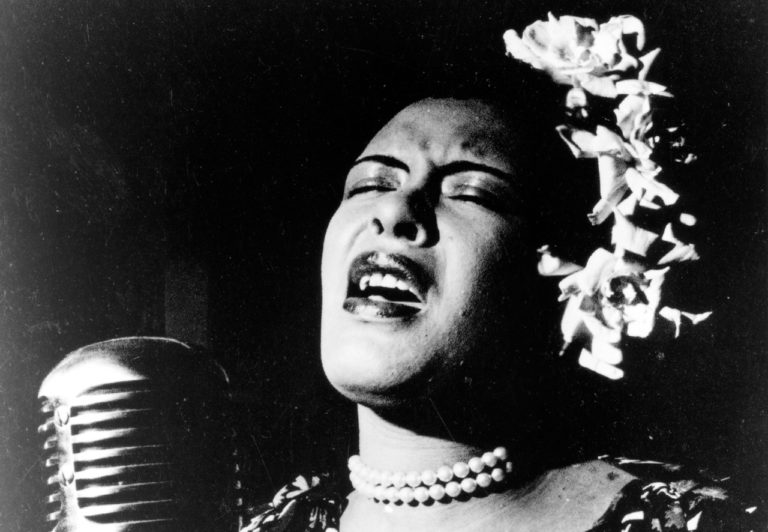 Emocionante documentário sobre a vida e carreira de Billie Holliday